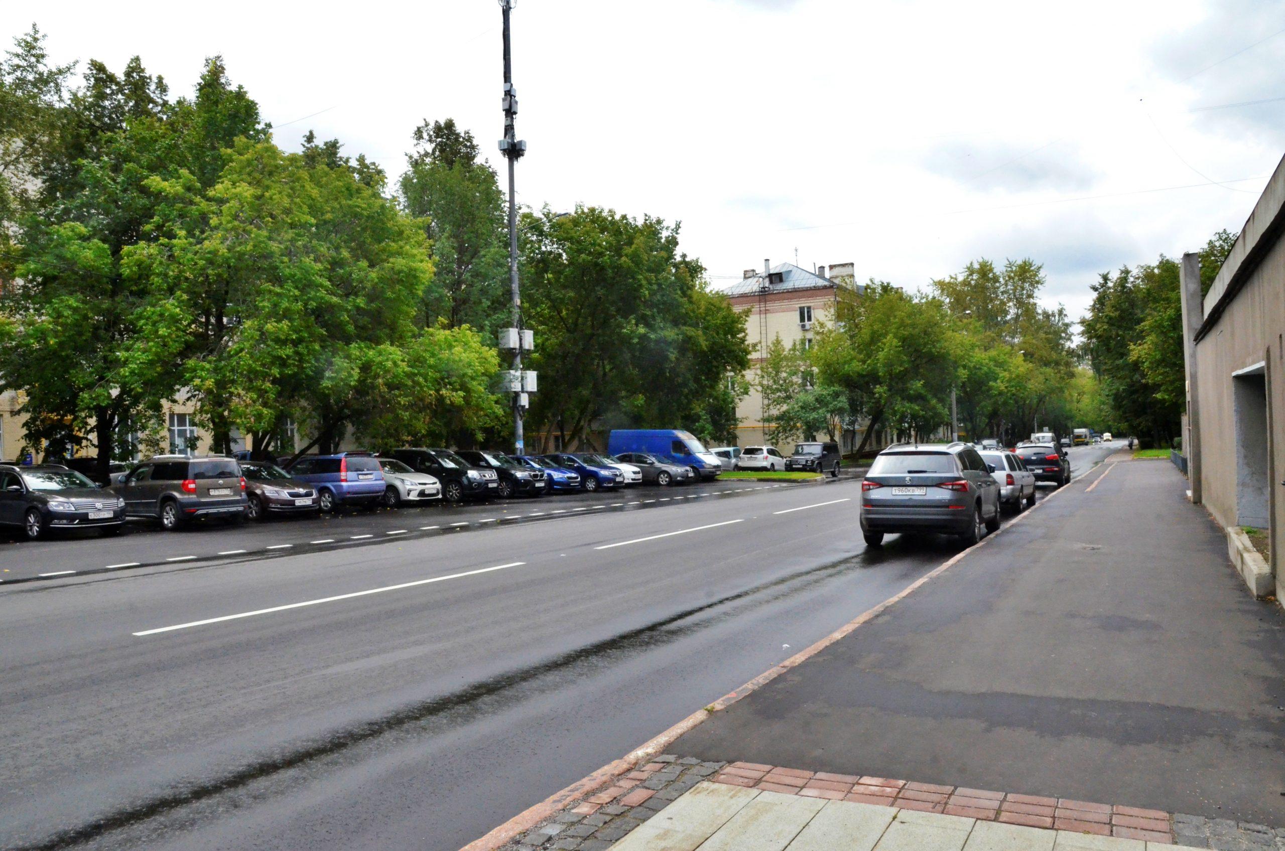 Благоустройство дворов в Москворечье-Сабурове завершили