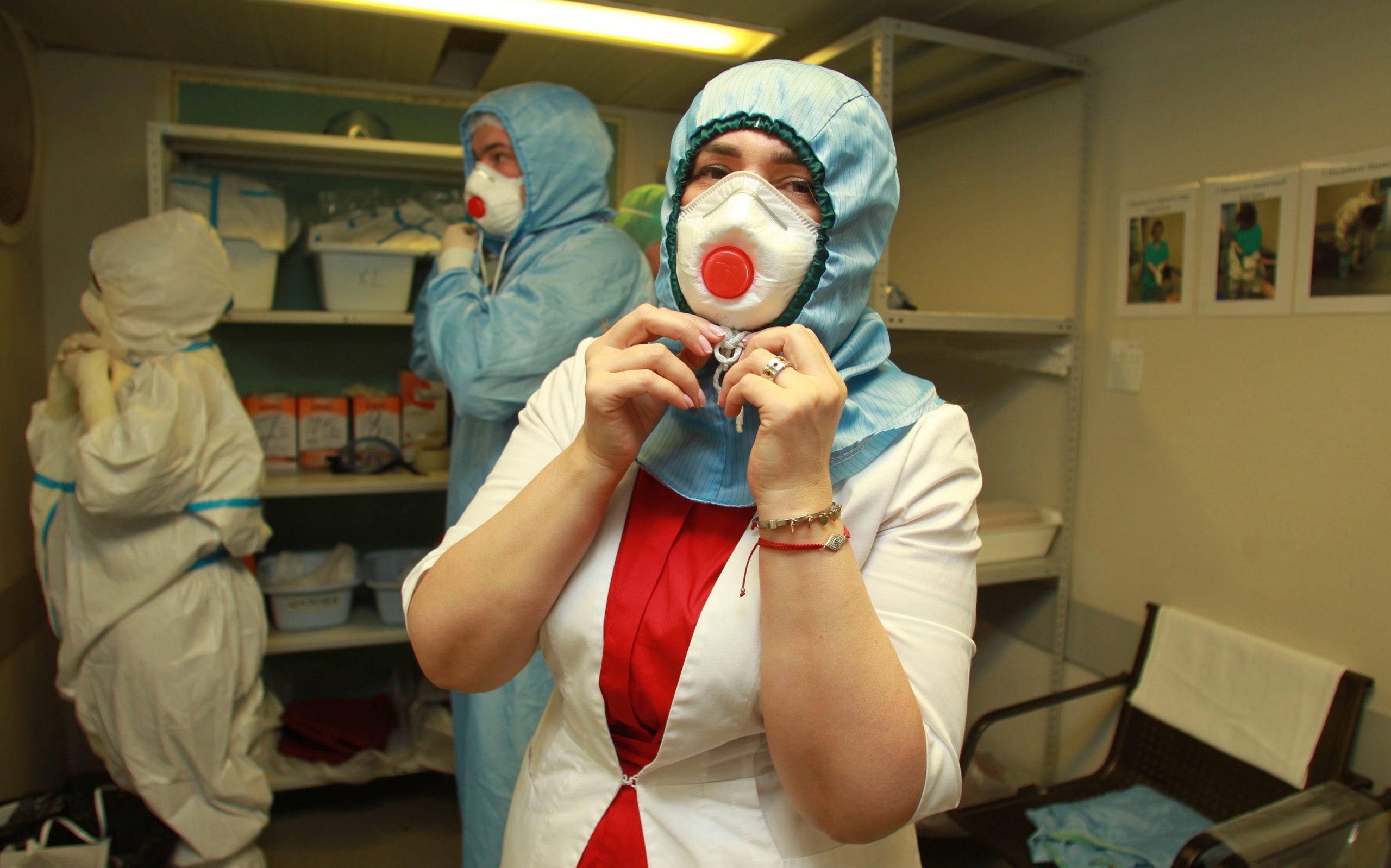 Более 21 тысячи новых заразившихся COVID-19 обнаружили за последние сутки в России