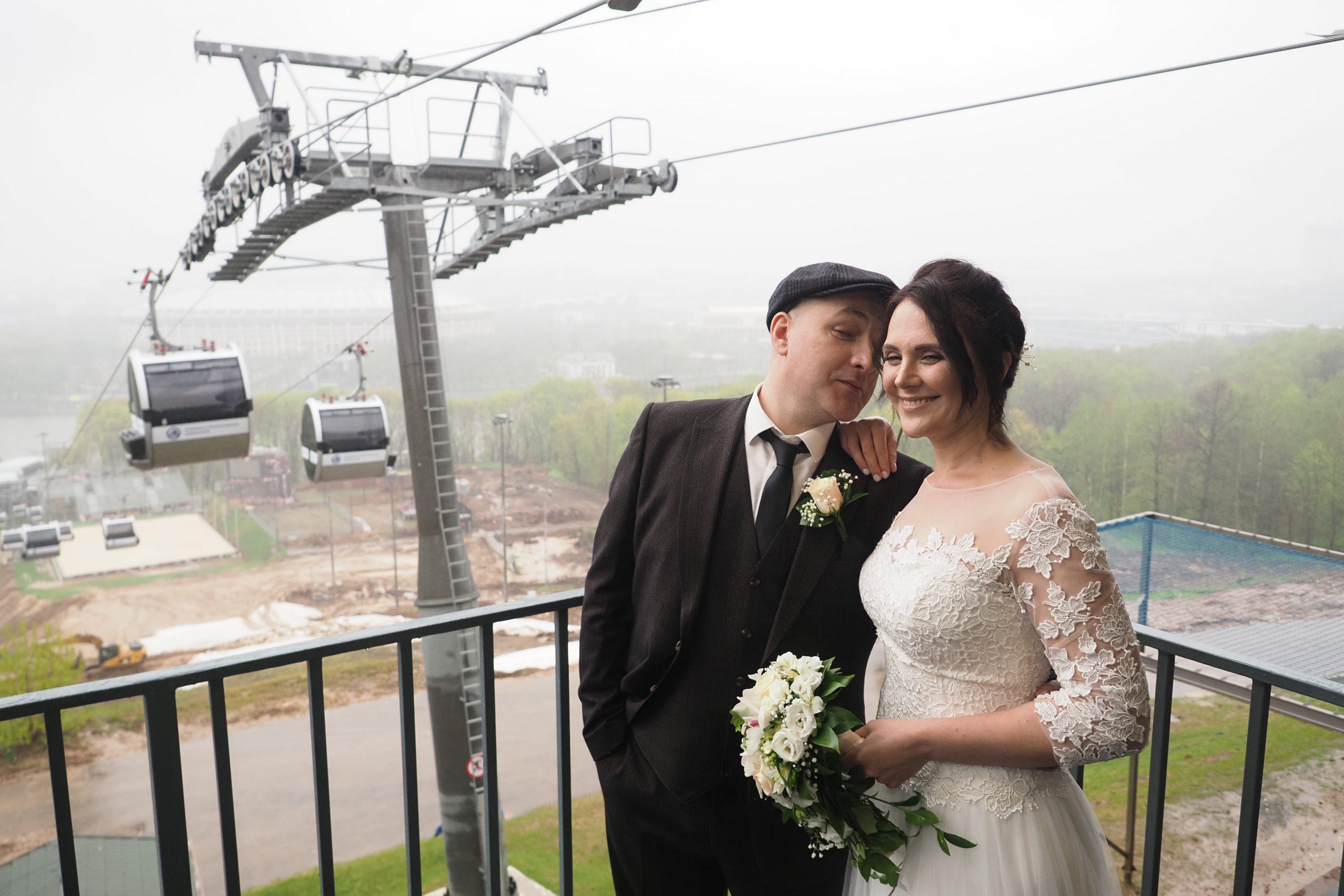 Свыше трех тысяч пар столичных пар поженились на необычных площадках