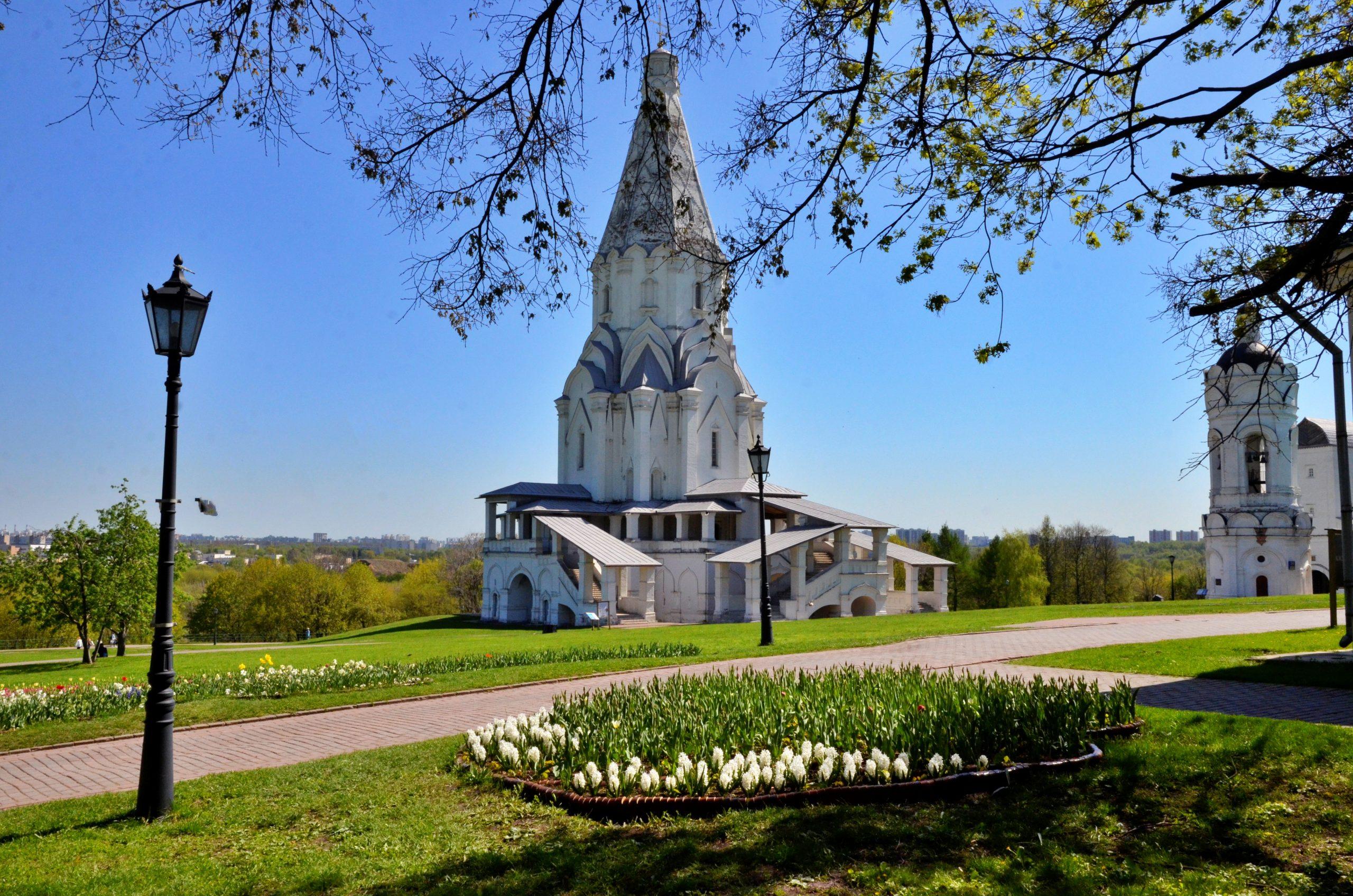Выставка по московитскому стеклу открылась в Коломенском