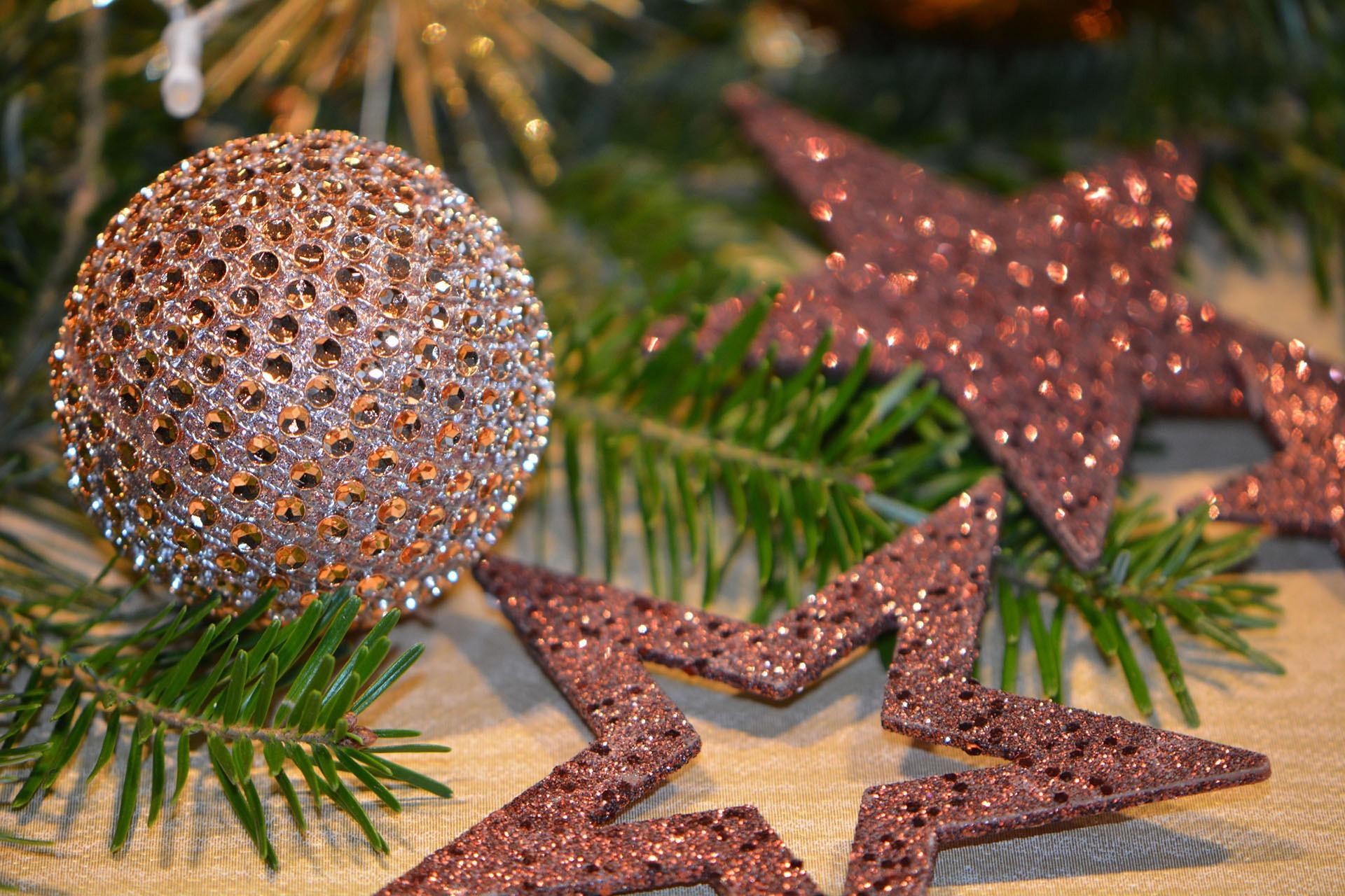 Праздники Нового года в России решили продлить