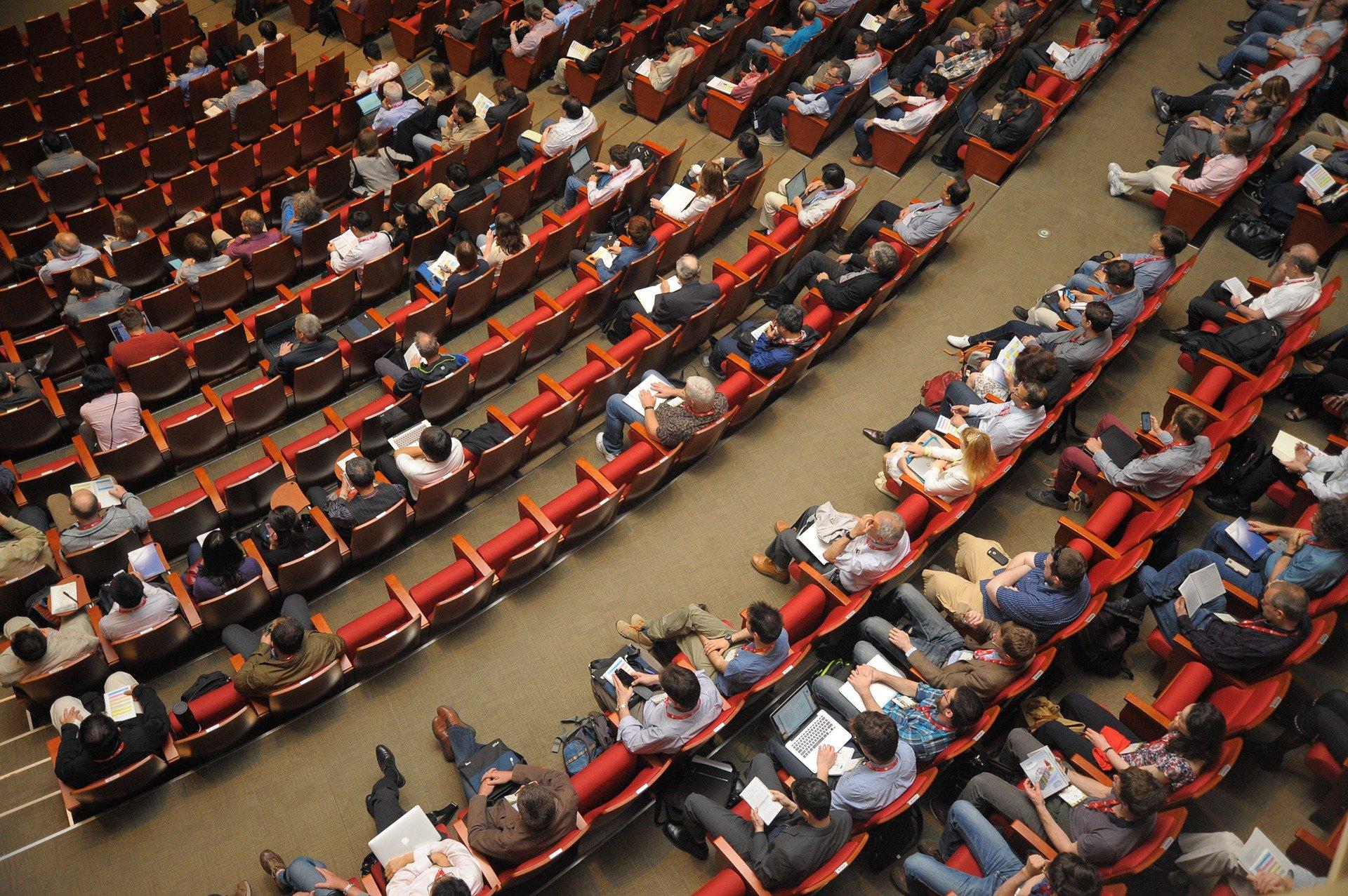 Преподаватель школы №1580 выступила на Всемирном конгрессе совета по детской книге