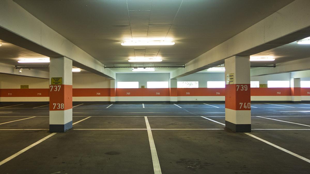 Москвичи юга столицы взяли в аренду у города машино-места домовых паркингов