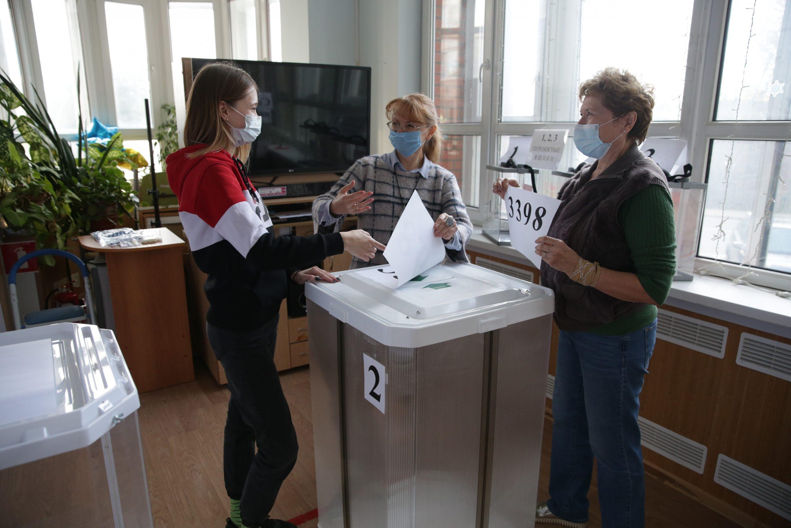 Участки для голосования на выборах депутатов Госдумы открылись в столице