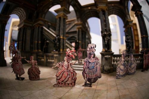 Гравюры из собрания «Коломенского» представили на выставке «Театрократия. Екатерина Вторая и опера»
