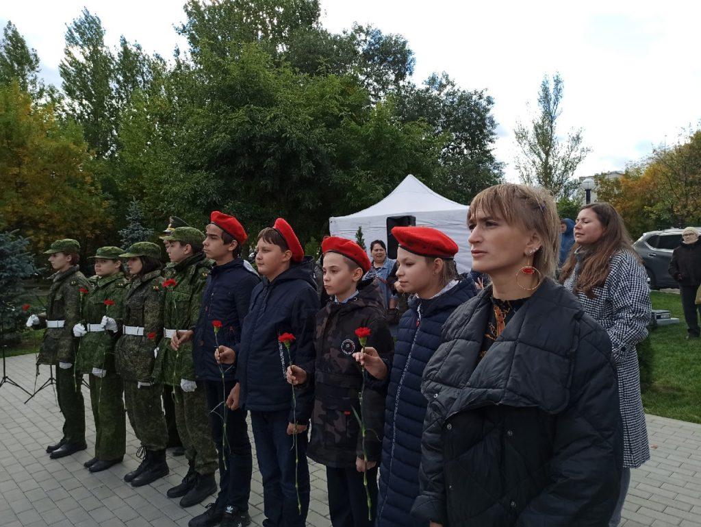 Воспитанники Дома Культуры «Маяк» поучаствовали в церемонии открытия памятника в Чертанове Южном