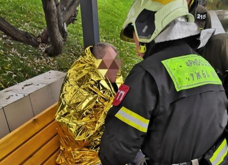 В Южном округе столицы спасатели ПСО 215 Пожарно-спасательного центра Москвы не дали умереть мужчине