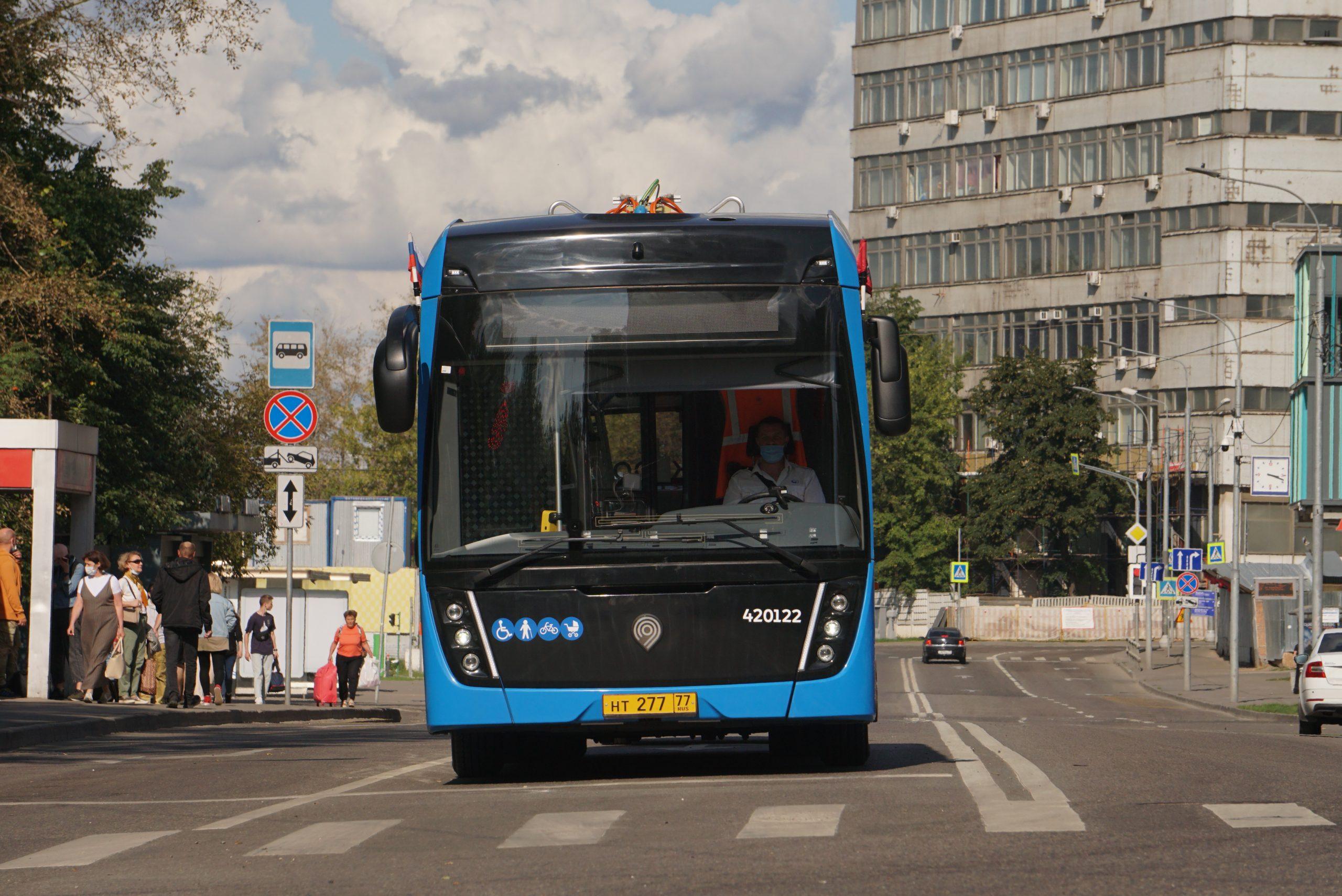 Новые маршруты наземного транспорта начнут работать в ЮАО