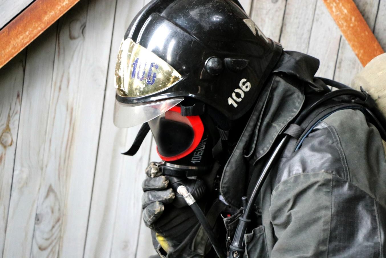 30 человек спасено столичными огнеборцами во время пожара на Юге Москвы
